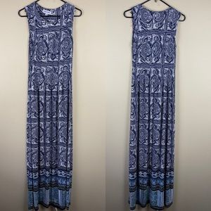 Shelby & Palmer Navy floral maxi dress pleaded M
